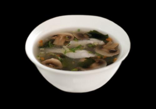 zuppa miso branzino